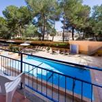 piscina exterior del hotel
